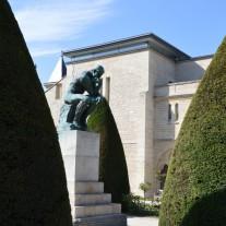 Myśliciel w Muzeum Rodin
