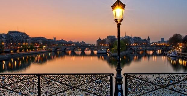Pont des Arts by Anthony Gelot